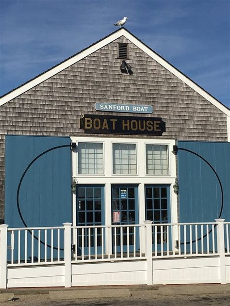 boat house nantucket boat house nantucket restaurant reviews phone number