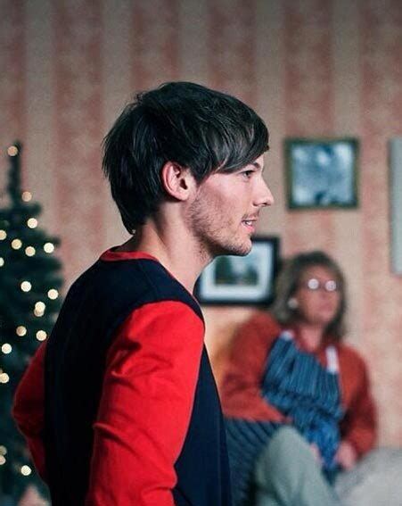 biography louis tomlinson one direction one direction debut story of my life music video as they