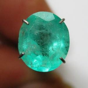 jual batu zamrud colombia hijau oval cut 1 88 carat memo