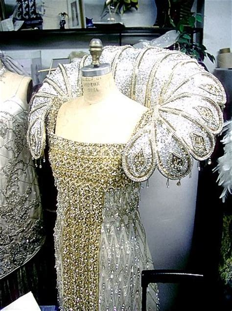 Dress Hrc 84 mardi gras mantles and to miss on