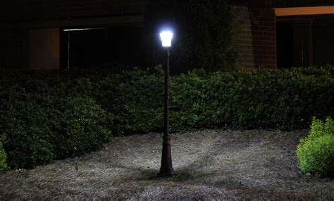 Landscape Light Post Gama Sonic Solar L Post And Single L Led Light Fixture 93 Inch