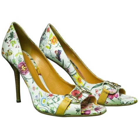 Gucci Floral Heels gucci floral peep toe high heels at 1stdibs