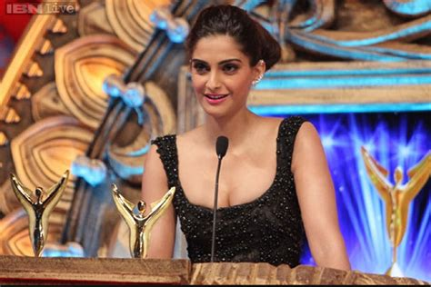 Shows New Do At The Awards by Why Award Shows Can T Be Taken Seriously