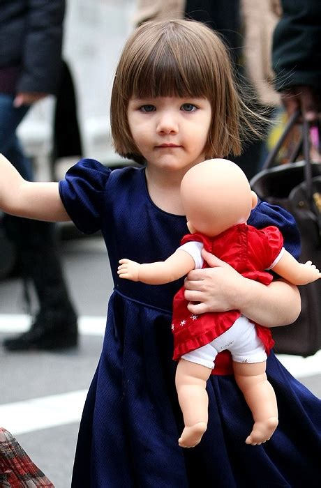 pageboy hairstyles for toddlers the classic 2 year old pageboy haircut suri cruise