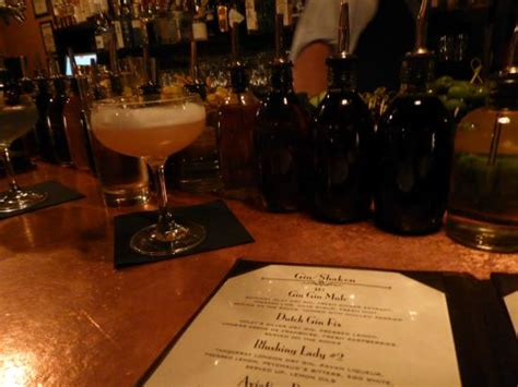 bathtub gin nyc burlesque drinks picture of bathtub gin new york city tripadvisor