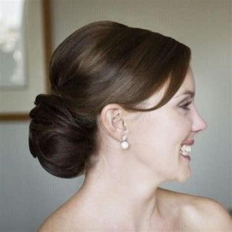 classic wedding updo hairstyles hochzeit hochsteckfrisur klassik chignon 2065560 weddbook