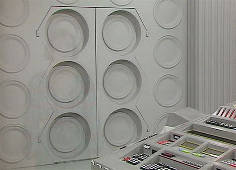 Tardis Interior Door Season Twenty One Twenty Six Tardis Interior Tardis Interior And Console Rooms The Doctor