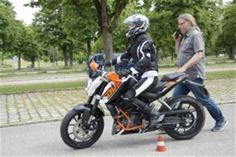 Cross Motorrad Einsteiger by Ktm Duke 125 Taugt Sie Als Einsteiger Und