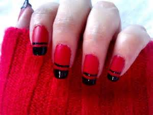 So if you have many parties lined up these red nail art ideas will
