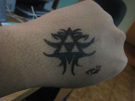 tattoo pen how to use triforce pen tattoo by psychoticmindsystem on deviantart