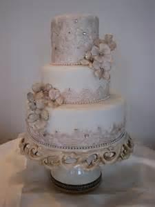 vintage wedding cakes vintage wedding cake 2013 wedding inspiration