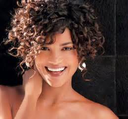 hairstyles for thick curly frizzy hair