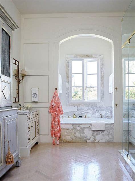 new orleans style bathroom 82 best salon style walls images on pinterest elle decor
