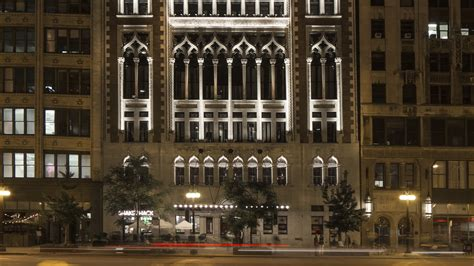 theme hotel chicago il downtown chicago loop hotels near grant park chicago