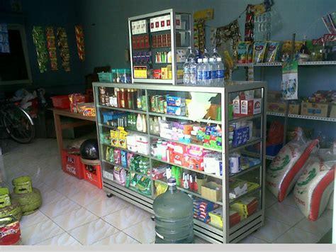 Rak Untuk Toko Sembako rumah hujan minimarket vs toko kelontong