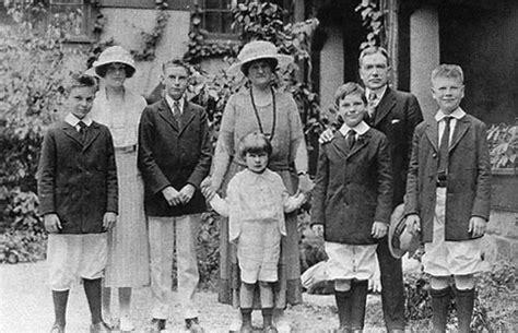 how did jp acquired his wealth rockefellerovci biznis rodina politika dobrodruh sk
