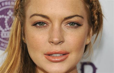 Linday Lohan And Are Terrible Actors by Sick Note Lindsay Lohan Nel Cast Della Serie Con Rupert Grint
