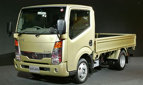 File:Nissan Atlas F24 301.JPG - Wikimedia Commons F24