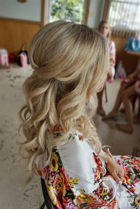 Wedding Hairstyles With Volume by Awesome Pretty Halfup With Curls And Volume Bridal Hair