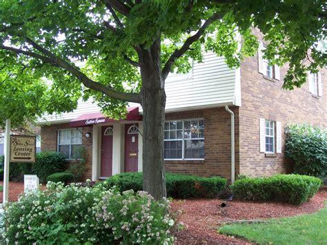 Elaine Apartments Columbus Ohio Sutton Square Townhomes Columbus Oh Apartment Finder