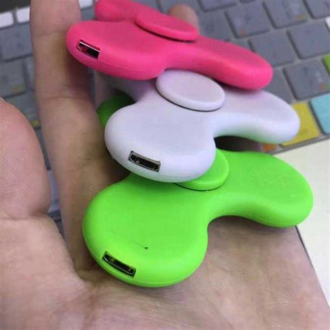 Spinner Bluetooth Musik fidget spinner canada with led bluetooth speaker rechargeable