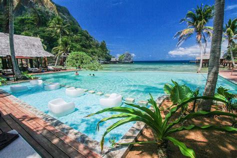 infinity pool paradise island