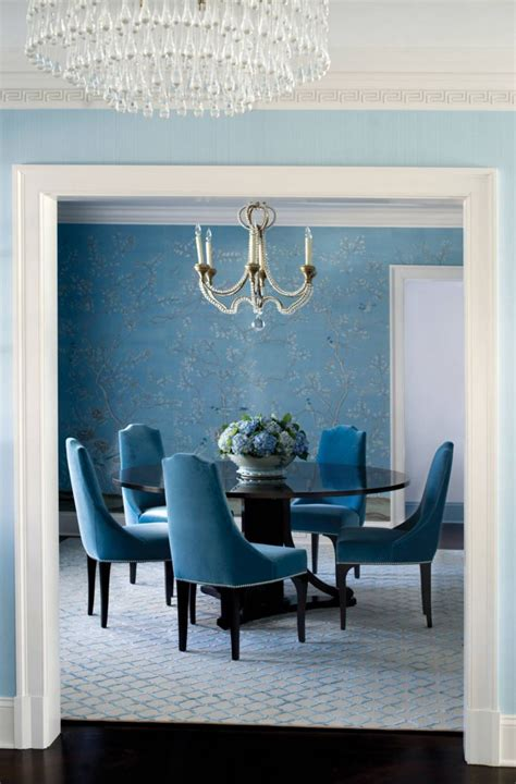 Blue Dining Room Walls by Blue Walls Lead To A Blue Dining Room Decoist