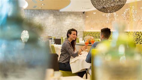 giardino ristorante ristorante giardino ristorante a cles val di non