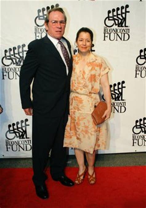tommy lee jones   wife exclusive pictures weneedfun