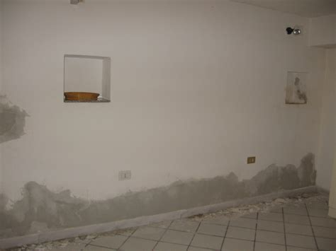 come rasare un soffitto rasare muri pitturati semplice e comfort in una casa