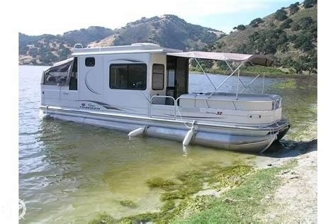 party boats for sale california 2005 used sun tracker 32 party cruiser pontoon boat for