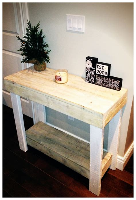 wood pallet console table  white wash finish diy
