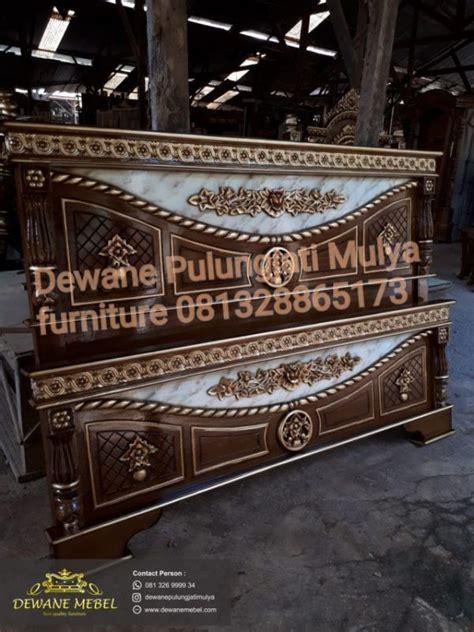 Tempat Tidur Kayu Di Bandung divan tempat tidur ukir jati mebel jepara murah