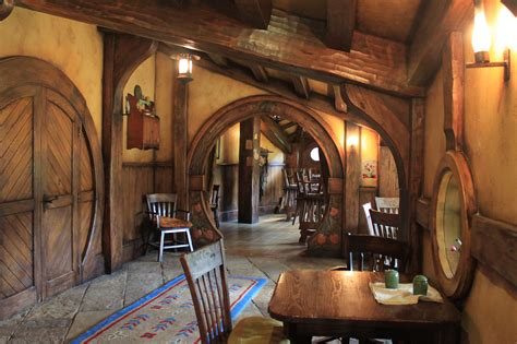 hobbit home interior the hobbit chiarina loggia