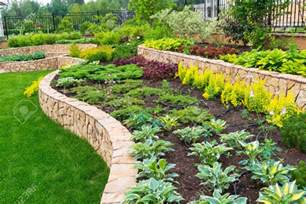 Green Garden Ideas Garden Inspiring Garden Landscape Design Ideas Fascinating Green Rectangle Modern Grass And