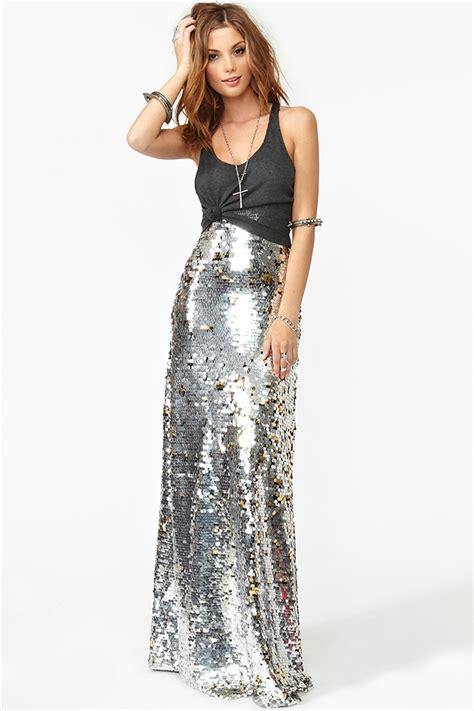 gal sequin maxi skirt in metallic lyst