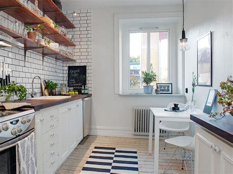 deco carrelage cuisine le joint noir ou gris pour le carrelage joli place