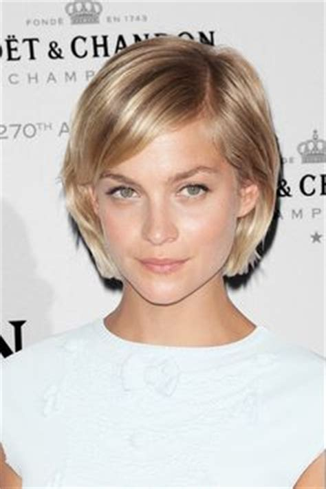 short hair toward face hairstyles for oval face thin fine hair google search
