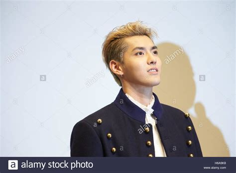 aktor film china chinese actor and singer kris wu yifan attends the 2016