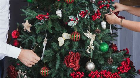 o christmas tree how to safely decorate for