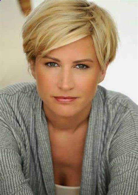 hairstyles for women over 40 with thick hair 15 best short haircuts for women over 40 on haircuts