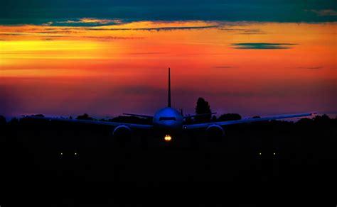 save  cheap  trip domestic airfare green