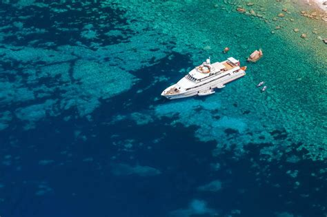 sailing boat vacations caribbean yacht rental luxury private motor and
