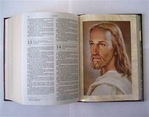 imagenes de jesus leyendo las escrituras not 237 cias da catequese jesus cristo est 225 em todos os