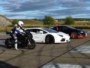 Race Between Lamborghini And Bugatti Bmw 1000rr Killing Lamborghini Aventador And Bugatti