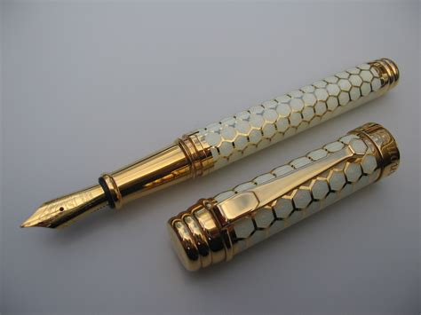 Handmade Pens - mackinnon honeycomb pen