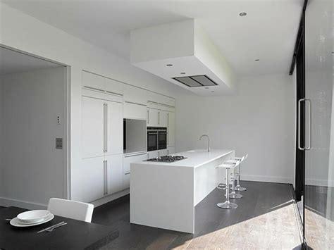 cuisine blanc laque avec ilot l ilot central le cœur de la cuisine