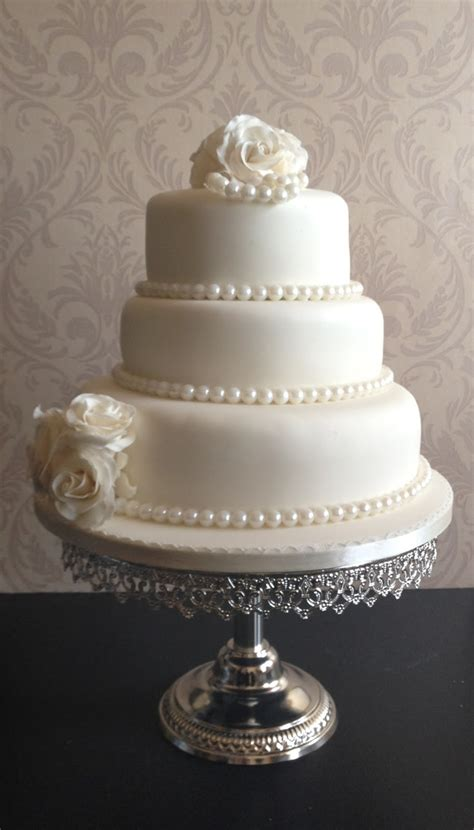 Wedding Cakes With Pearls s cakes