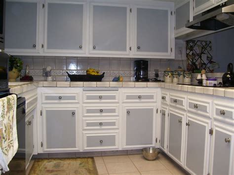 two tone painted kitchen cabinets pin by ian ringrose on shelfs pinterest