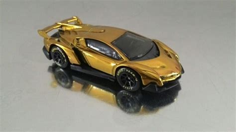 Hotwheel Lamborghini Veneno Custom Gold All A Boards